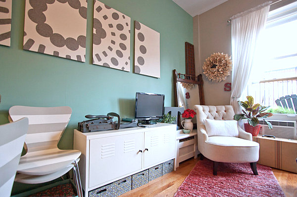 Deep mint living area