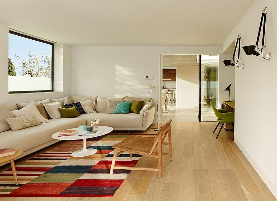 Elegant and space saving decor idea