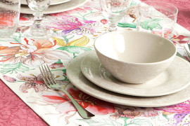 Beautiful Table Linens For Spring Entertaining