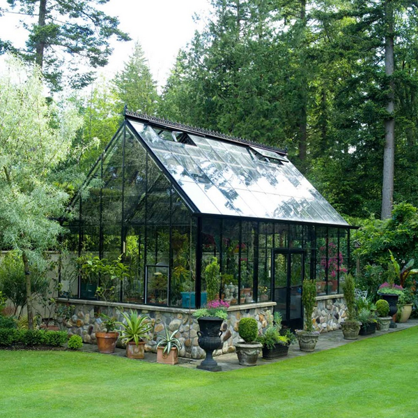 10 gorgeous greenhouses to get you excited for spring for Home garden greenhouse design