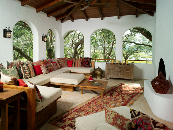 Kilim rug and pillows Gorgeous Homes Featuring Kilim Inspired Designs