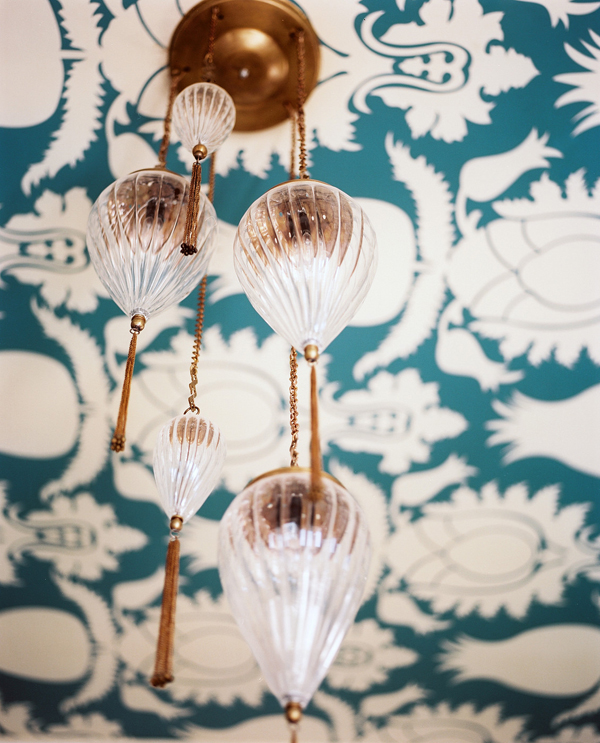 Lonny 5 Design Trend: Wallpaper Featured On The Ceiling