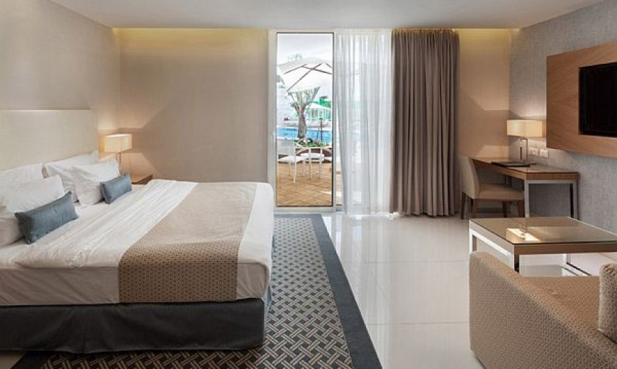 Boutique Beauty at the Red Sea: OrchidReef Hotel, Eilat