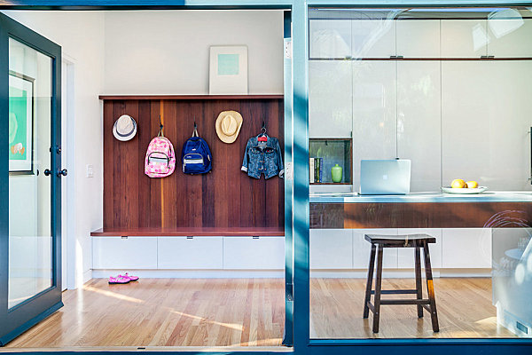 Organized modern entryway A Grand Entrance Makeover: Entryway Decor Ideas For Your Home