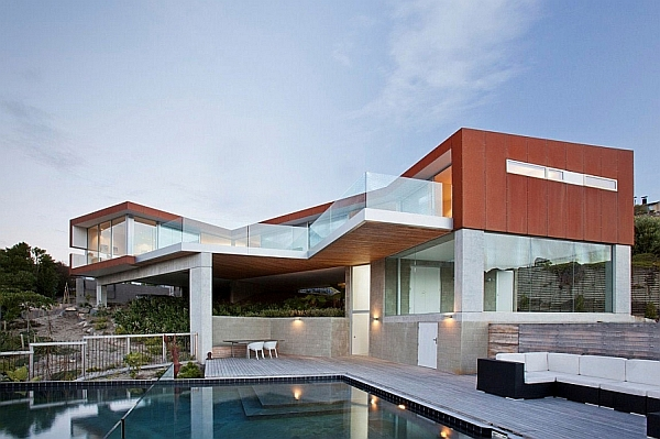Stunning Ocean Views And An Open Interior Define The Redcliffs House