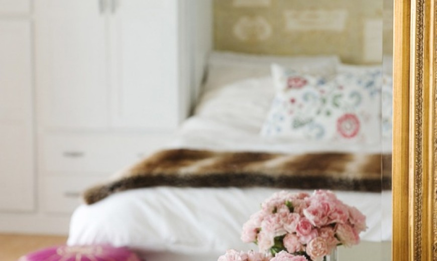 How to Decorate with Pink in a Classy Way