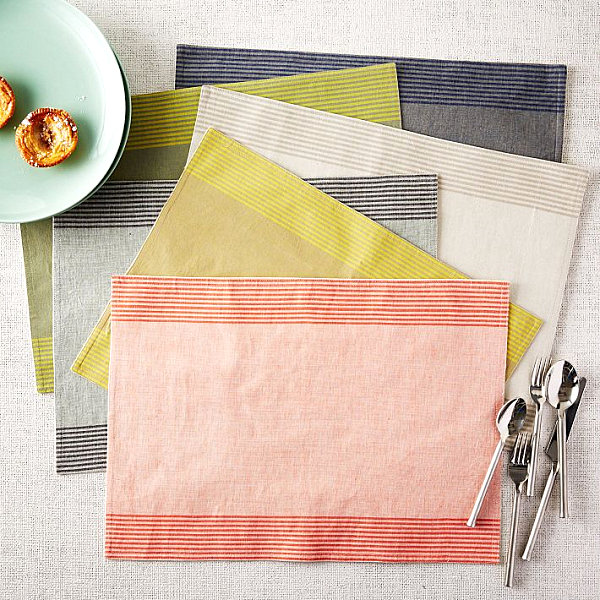 Striped placemat set