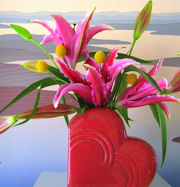 Valentines Day flowers in berry tones Valentines Day Party Ideas That Celebrate Great Design