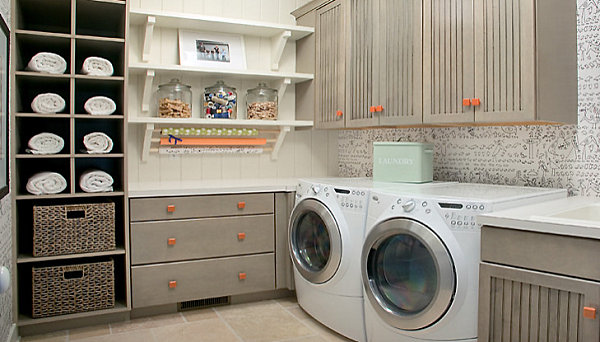 Eye catching laundry room shelving ideas - Amenagement buanderie photos plans ...
