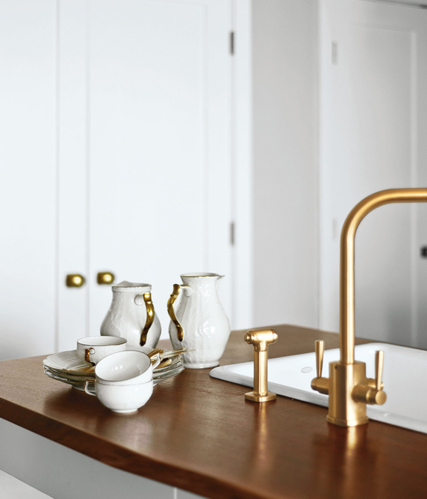 Brass Hardware And Fixtures Are Back