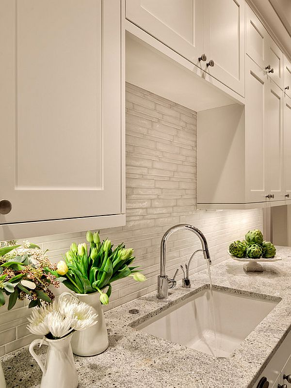 bright kitchen tile backsplash