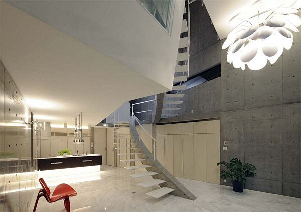 View In Gallery Japanese Home   Concrete Walls