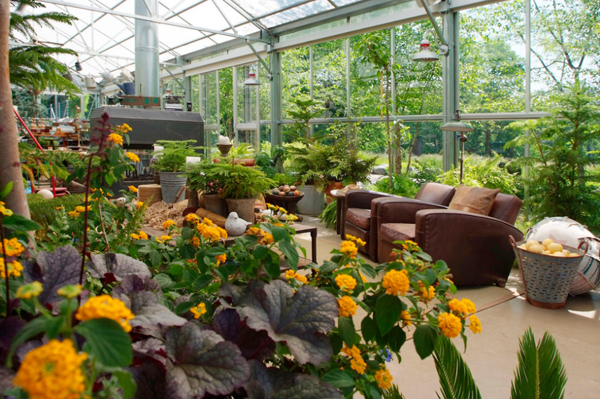 Genial View In Gallery Large Greenhouse Living 2
