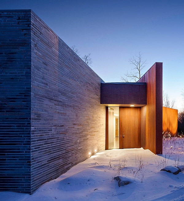 Contemporary Minimalist House In The Woods