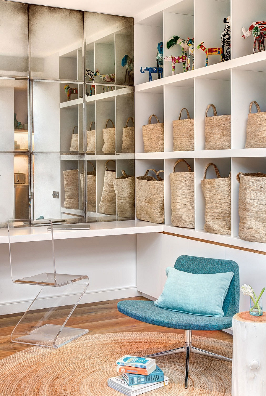 Acrylic chair and smart organization ideas in the home office