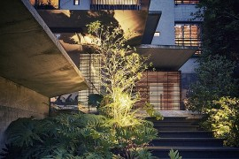 Lavish Holiday House Cloaked In Green Promises A Tranquil Escape