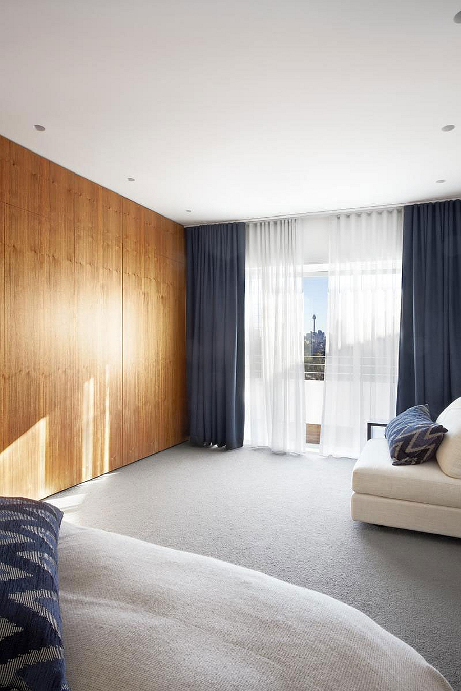 Sweeping Views Of Sydney And Lovely Earth Tones Shape The Bellevue ...
