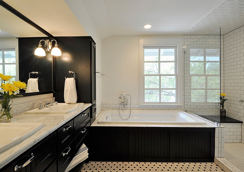 Black and white bathrooms allow even the simplest accent hues to stand out boldly