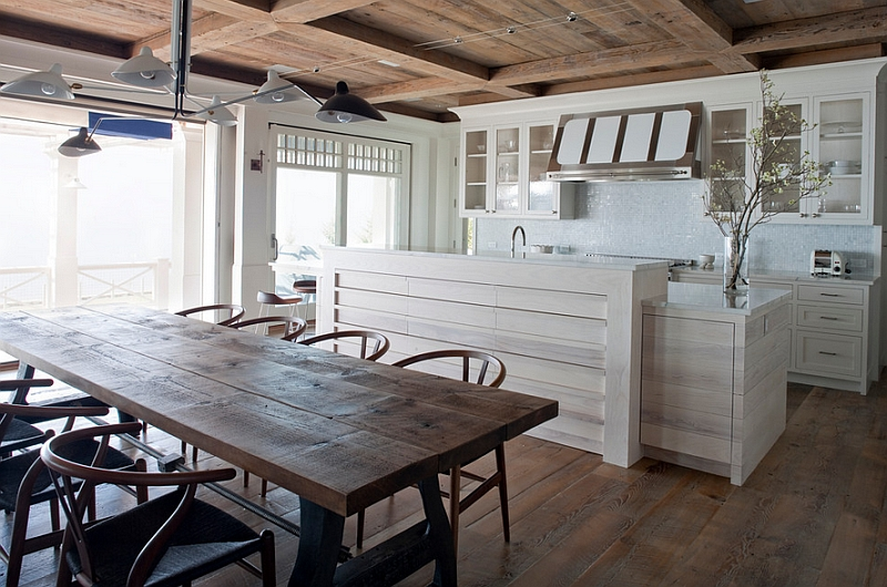 Blend of contemporary and rustic in the Kitchen