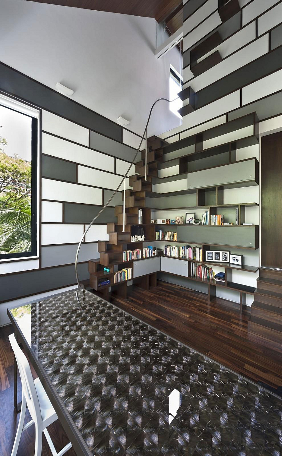 Brilliant scuptural bookshelf idea