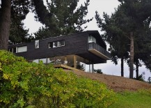 Elegant Chilean Residence Draped In A Lovely Cloak Of Green
