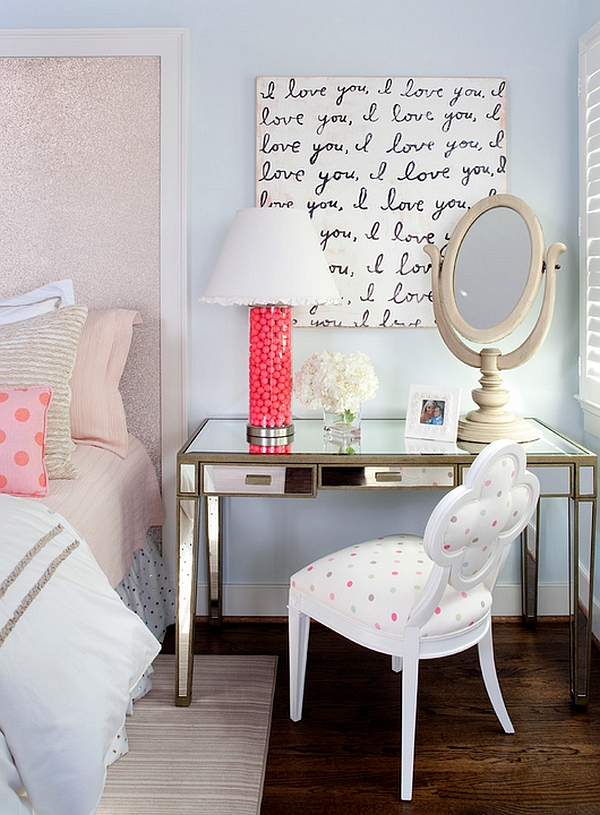 Chic table lamp in pink perfect for the girls bedroom