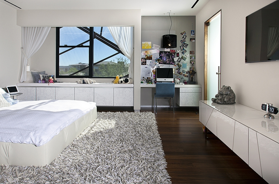 Comfy modern bedroom in white