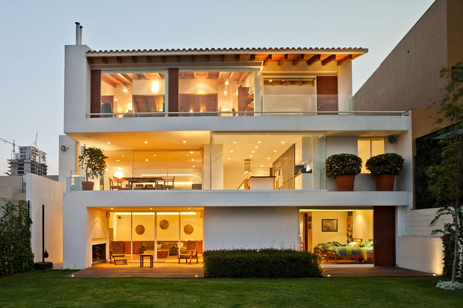 Contemporary home in white