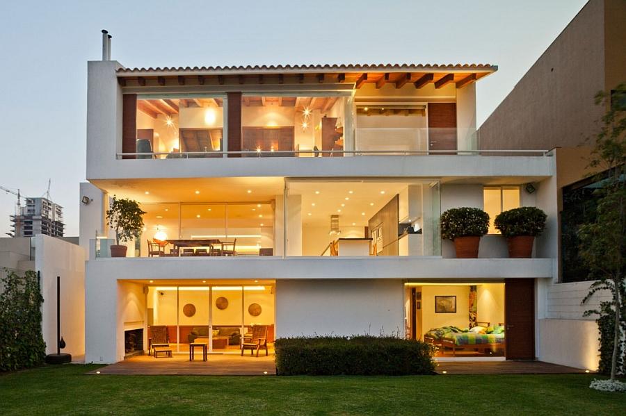 Contemporary home in white
