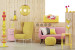Decor in shades of yellow and pink