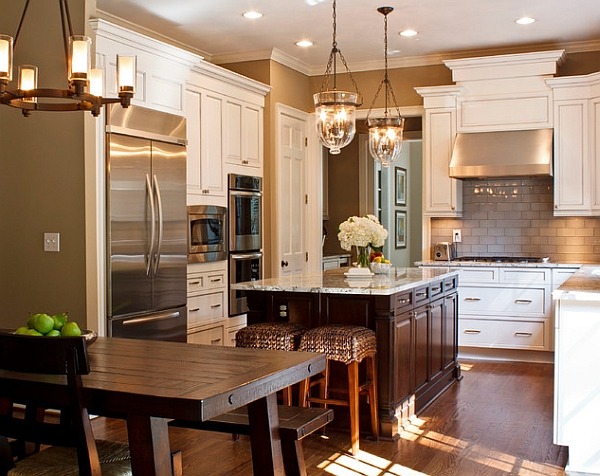 Design of the kitchen cabinets plays an important role in bringing the traditional theme