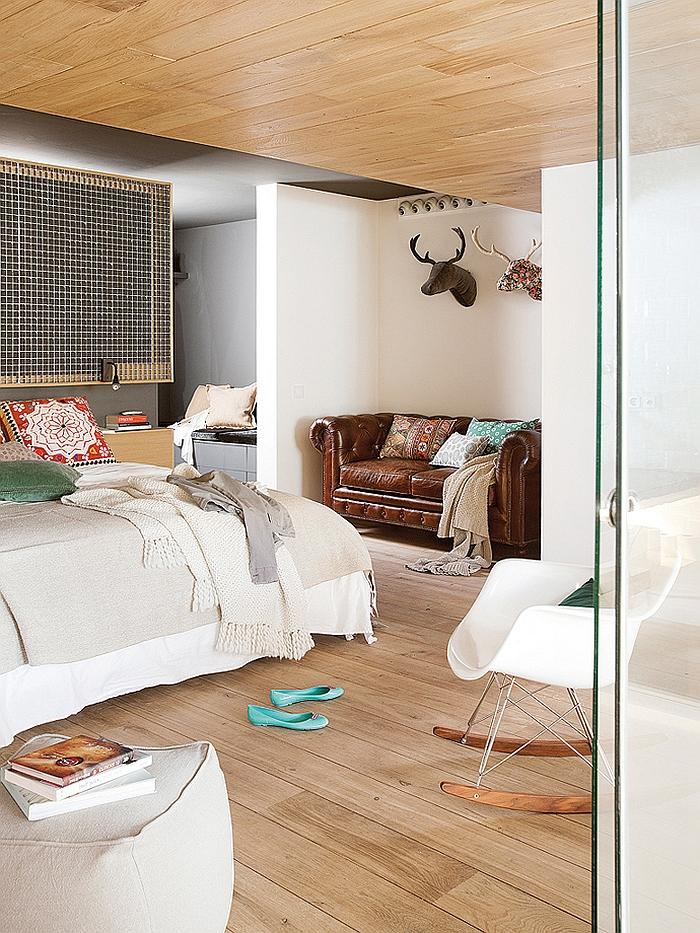 Elegant bedroom in relaxing warm tones