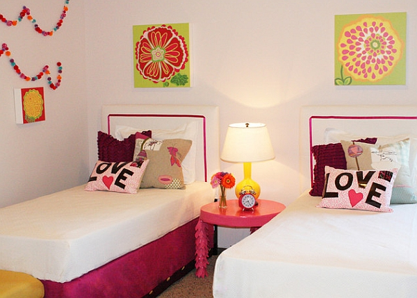 Fun way to add color to the kids' room