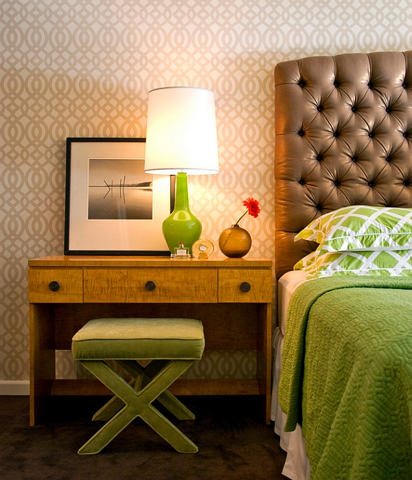 Golden brown and lime green make an audacious and interesting combination