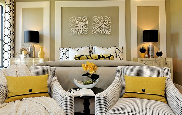 Gorgeous lamps add black and golden hues to the room