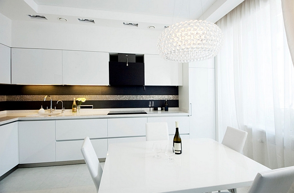 Gorgeous minimalist kitchen in white