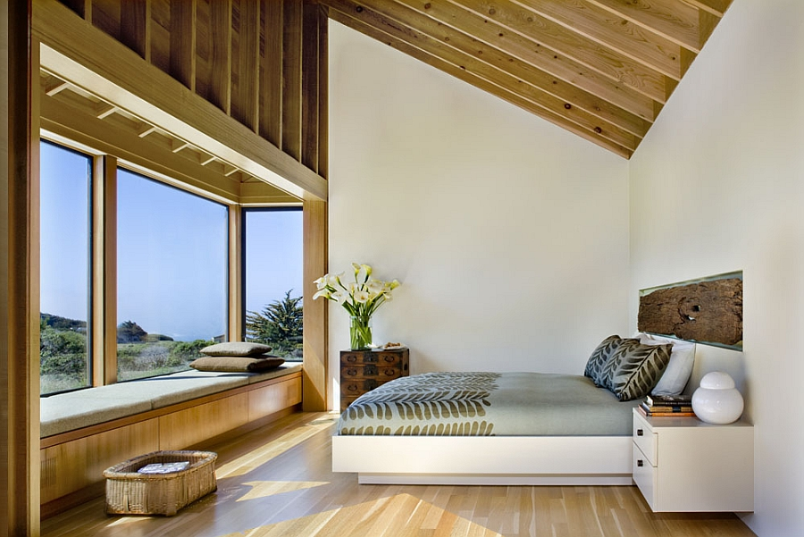 Gorgeous modern bedroom with a relaxed organic vibe