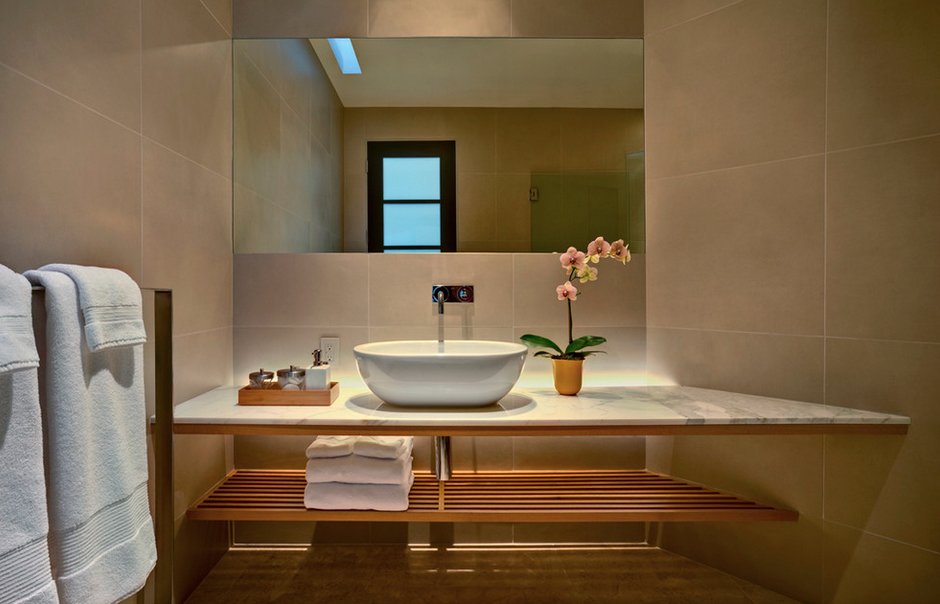 Gorgeous Zen bathroom for simple living