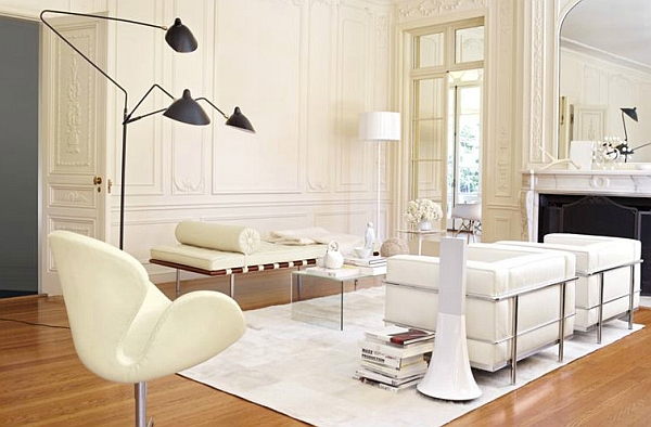 Iconic decor comes together in this lovely living room