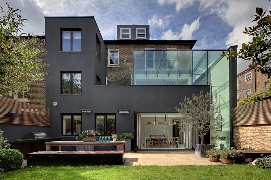 Classic victorian house in london gets a grand and glassy for Minimalist house london