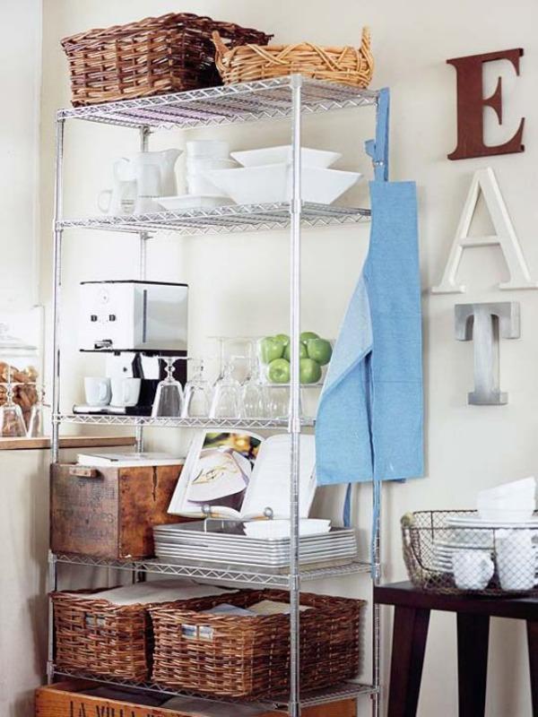 Kitchen wire shelves.jpg