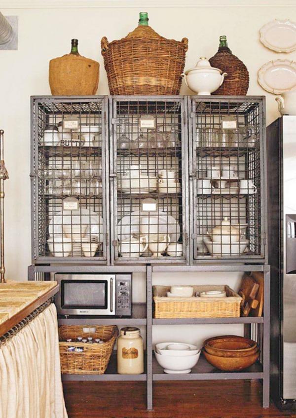 Kitchen wire shelving.jpg