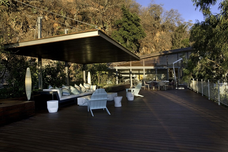 Lavish deck space with views of Lake of Valle of Bravo