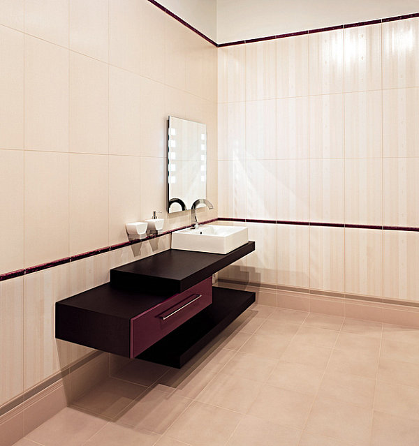 Minimalist bathroom with purple tones