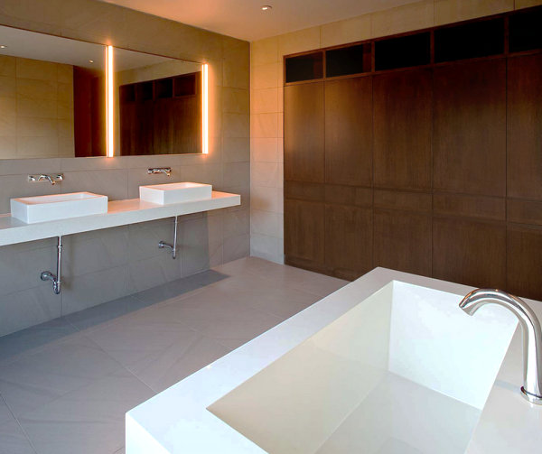 Minimalist bathroom with wooden details