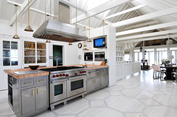 Mixed metals in a kitchen designed by Nate Berkus