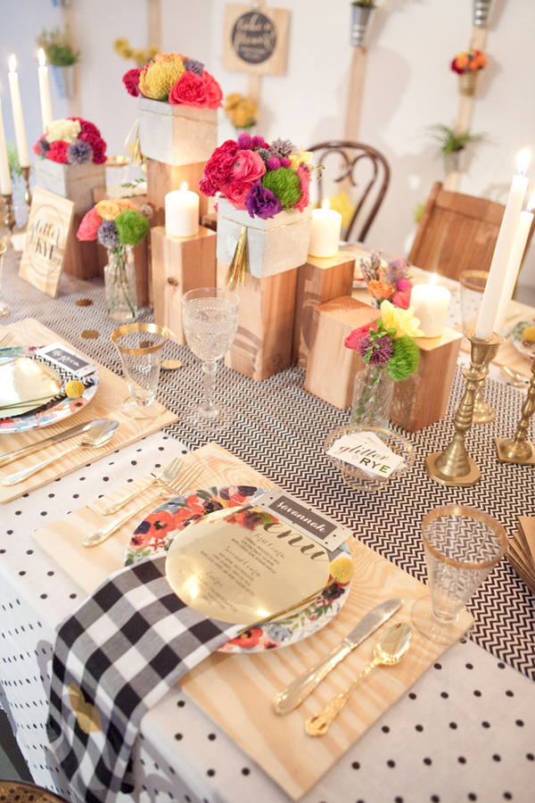 Mixed prints table linens