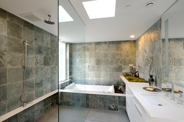 Natural details in a minimalist bathroom