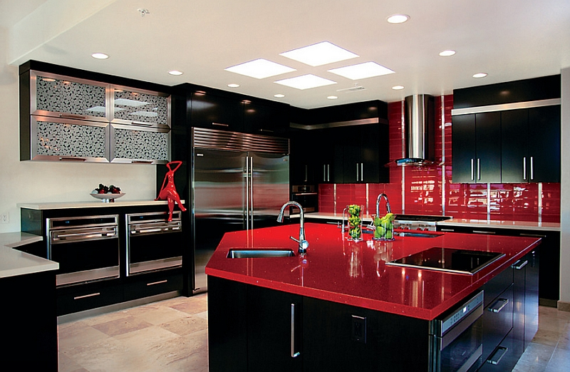Red and black is a combination that oozes sophistication