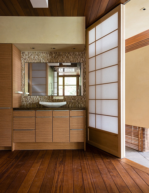 Shoji-like sliding doors for the changing room
